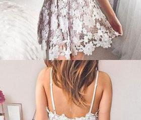 Cute v neck lace sho..
