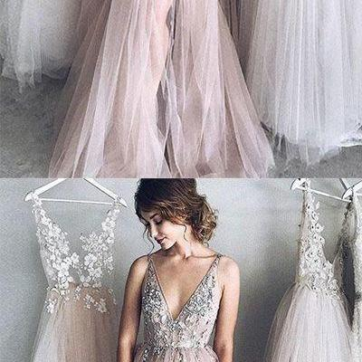 Sexy A-Line Deep V-Neck Champagne Tulle Long Prom/Evening Dress with Appliques